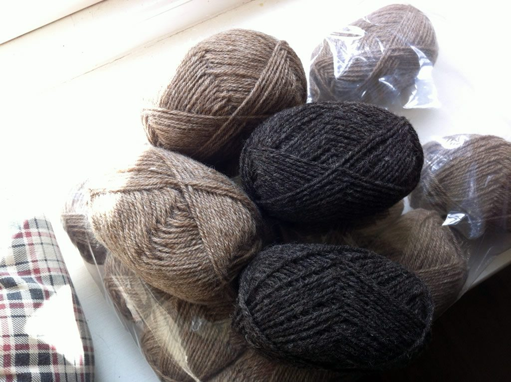 2016 Rosedean Ryelands yarn